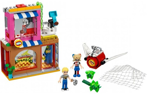 Lego  DC Super Hero Girls set Harley Quinn schiet te hulp 41231-3