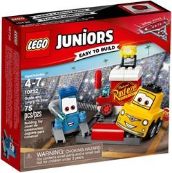 LEGO Juniors Cars 3 Guido en Luigi`s Pitstop 10732