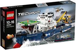 Lego  Technic set oceaanonderzoeker 42064