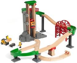 BRIO train Lift and Load Warehouse Set 33887