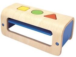 Plan Toys  houten leerspel Vormen en sorteren