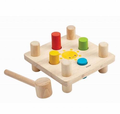 Plan Toys houten leerspel Hammer Peg 5126